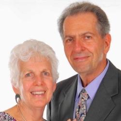 Laurie Weiss & Jonathan Weiss